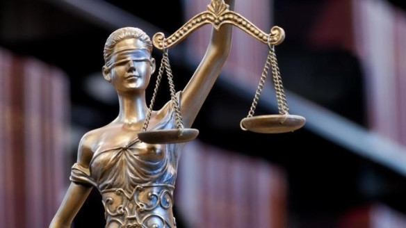adalet heykelini yakindan taniyalim